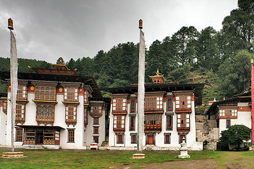 Bhutan Tour 8 Nights / 9 Days